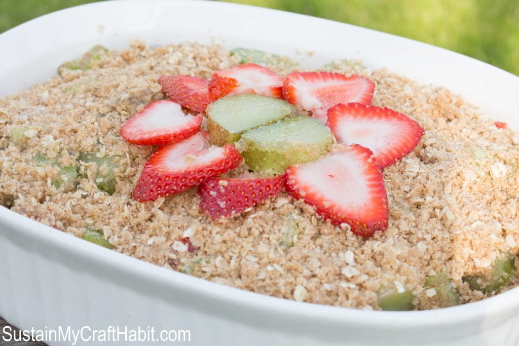 Easy and delicious strawberry rhubarb crisp. The best rhubarb crumble recipe you'll ever try!