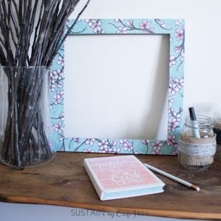 Easily Upcycling a Photo Frame with Mod Podge: #12MonthsofDIY
