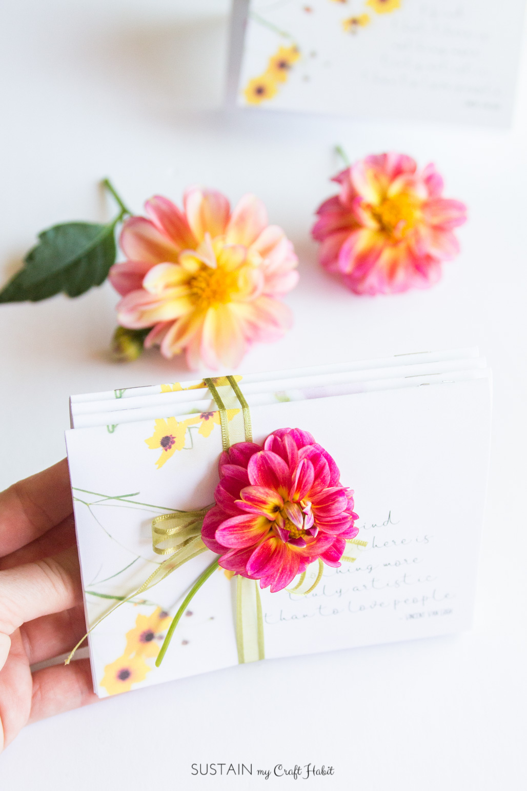 Such a thoughtful handmade gift idea! Make these DIY miniature notebooks for a friend. Free printable floral covers included!