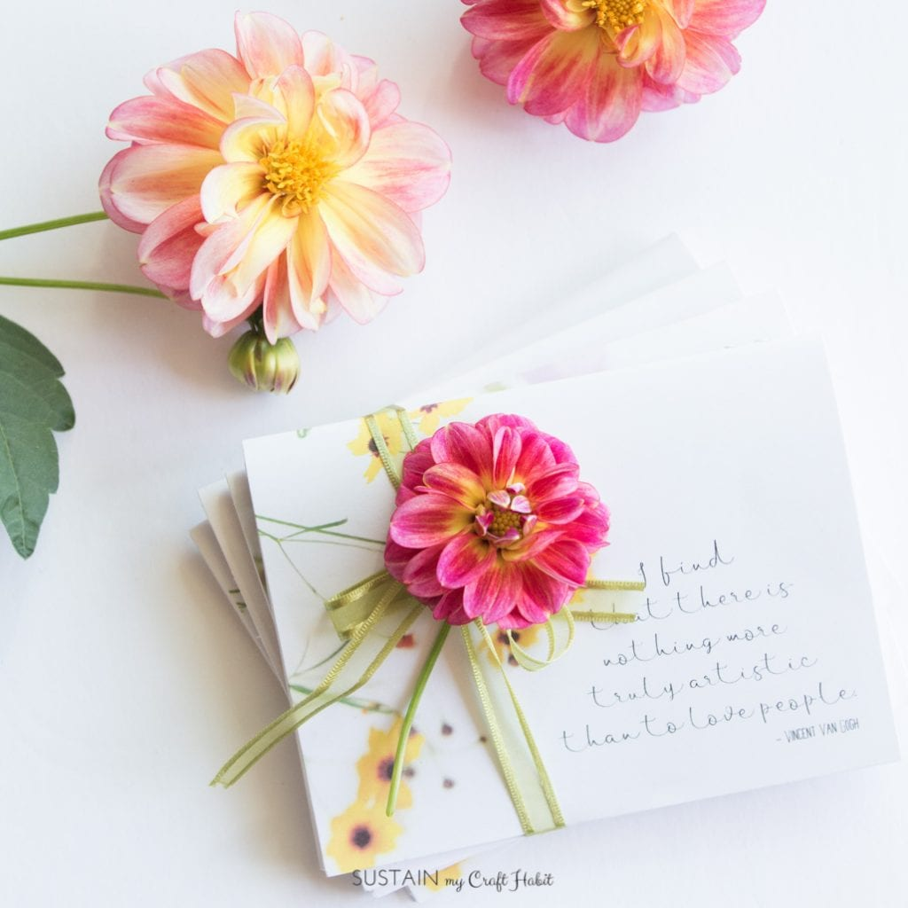 DIY notebook gift set made with free printable note cards templates