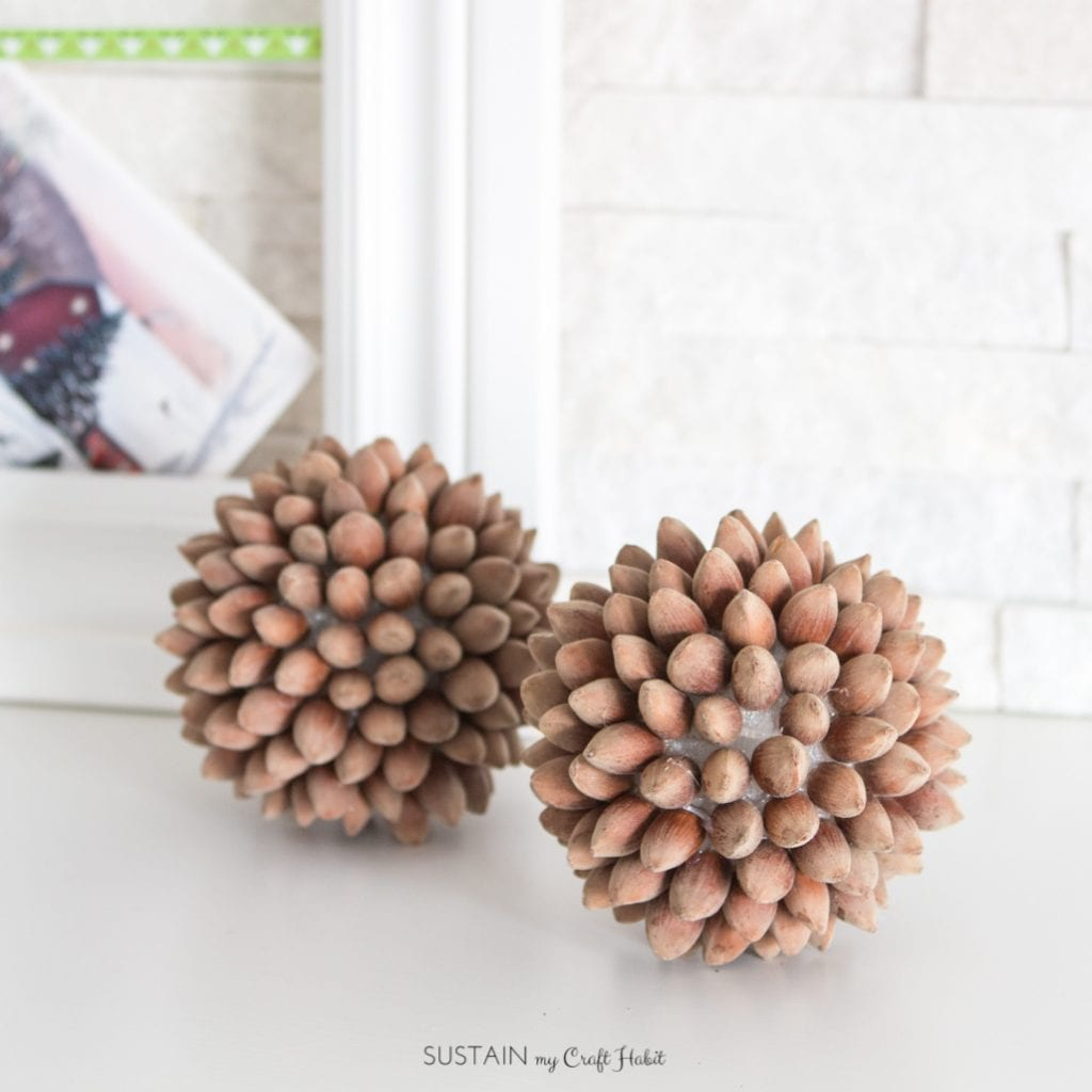 Decorative hazelnut orbs | DIY hazelnut balls