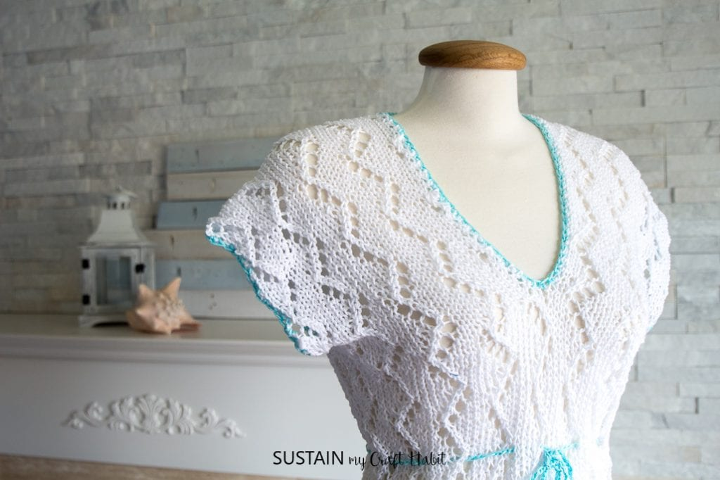 I need this for the summer! Gorgeous knitted swimsuit cover up review. It's a perfect summer knitting project. Pattern by Nocturnal Knits on Etsy.