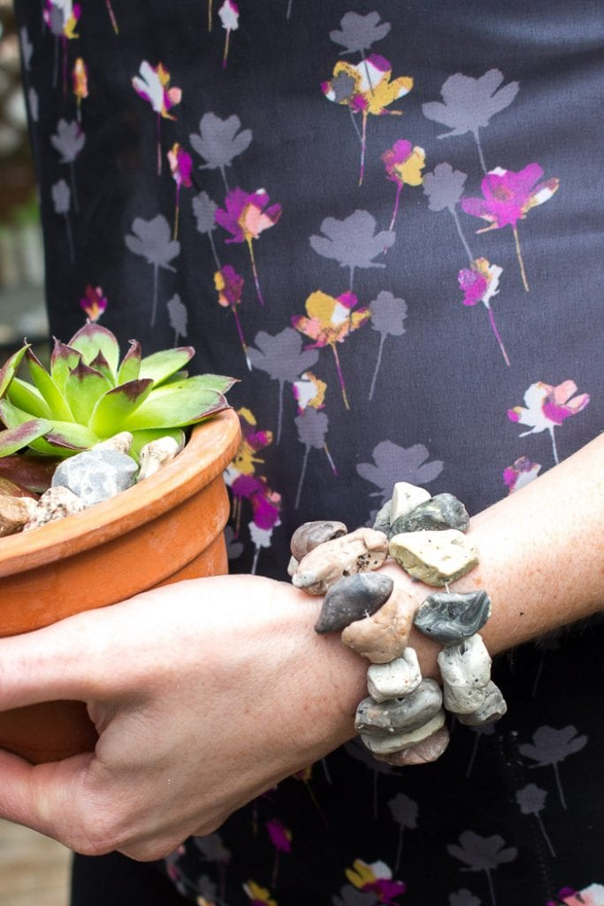 Can you believe these stone beads aren't real? Come by and learn how to make your own faux-rock air-dry clay jewelry. Perfect for any boho-inspired accessories!