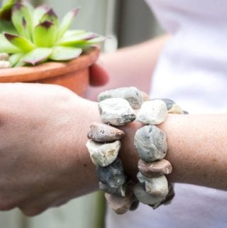 Faux Stone Air-Dry Clay Jewelry: DIY Beach Pebble Bracelet