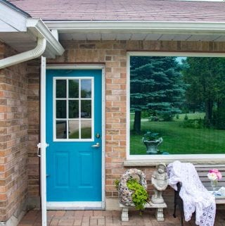 How to Paint a Front Door for Added Curb Appeal!