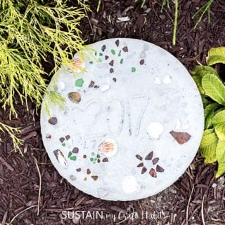 DIY Stepping Stones: Starting a Family Tradition