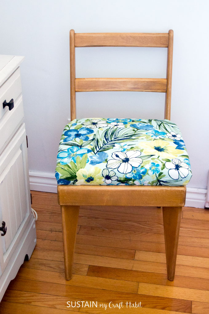 how to reupholster a chair seat sustain my craft habit. Black Bedroom Furniture Sets. Home Design Ideas