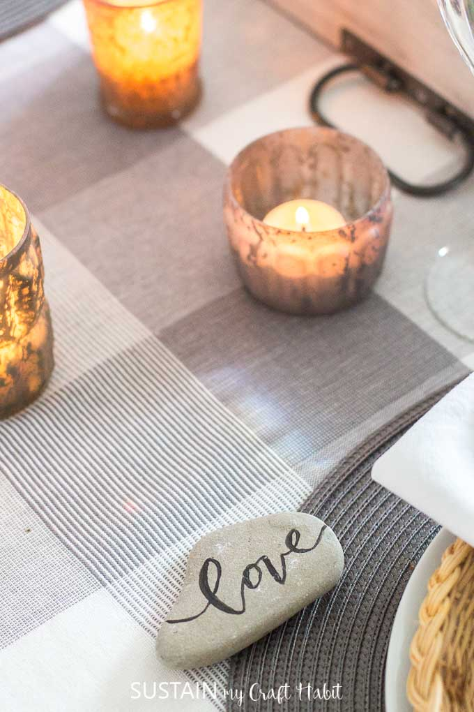 Handlettered wood signs, mercury glasses, and natural touches in a rustic fall home tour. #naturedecor #rusticchic #hometour #falldecor