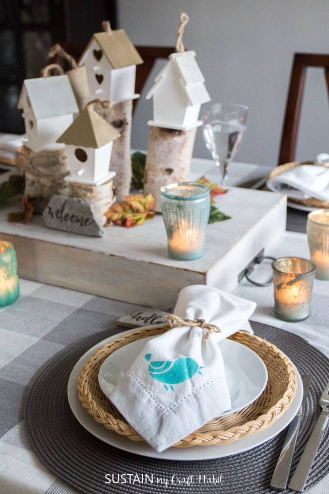 Chic rustic fall home tour and Thanksgiving tablescapes