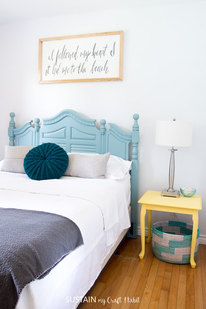 A bright and colorful cottage bedroom with lake house decor ideas