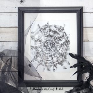 Free watercolor spider web Halloween art. Rustic Halloween decor. Free printable watercolor art.