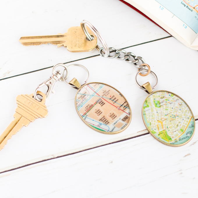 Looking for personalized gifts for him? This DIY vintage map keychain idea is just the thing.