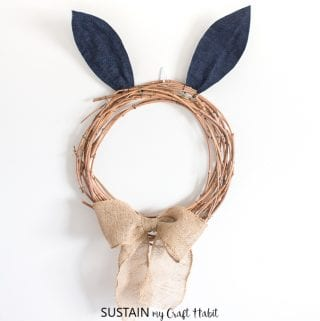 A Quick and Simple Easter Wreath: It's All in the Bunny Ears