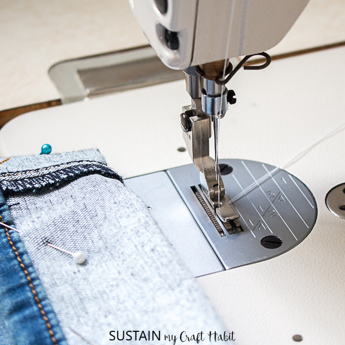 using a right pressor foot for hemming jeans with the original hem