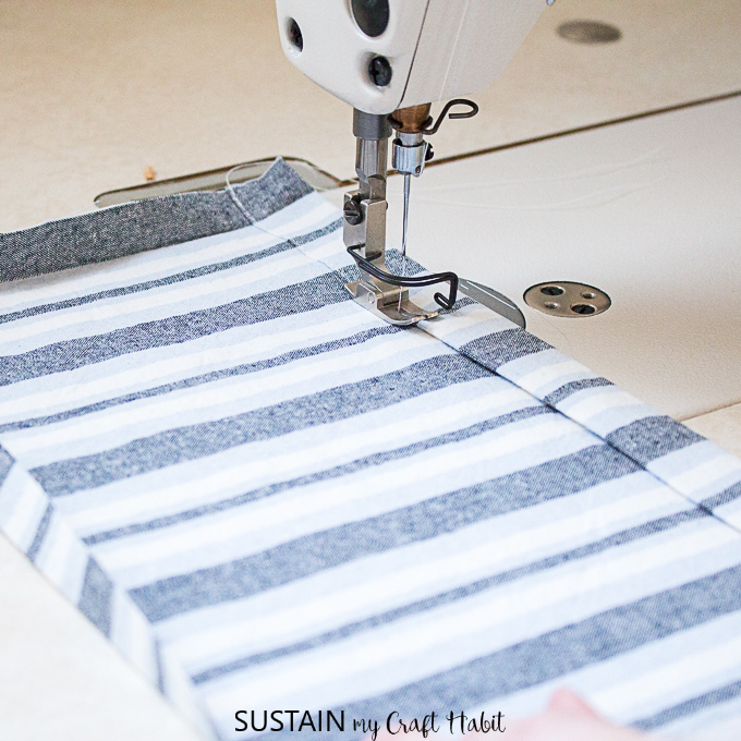 sew apron pocket