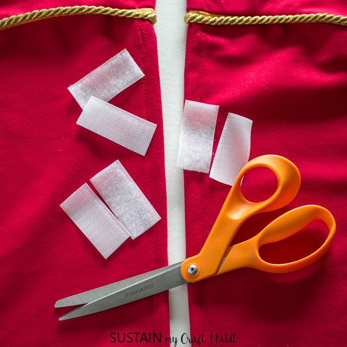 how to make a tree skirt for Christmas