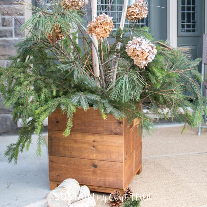 wooden DIY planter box plans