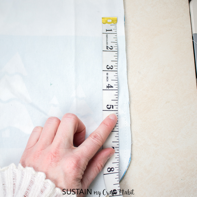 Measurement showing where to stop stitching when making a DIY placemat