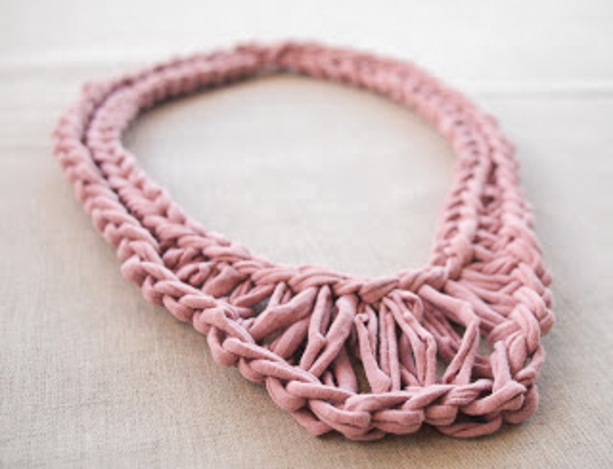 Pretty rose necklace made from tshirt yarn