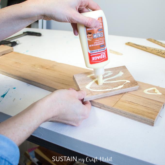 DIY Towel Rack with Wood Pallets – Sustain My Craft Habit