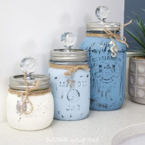 Beachy painted mason jars.