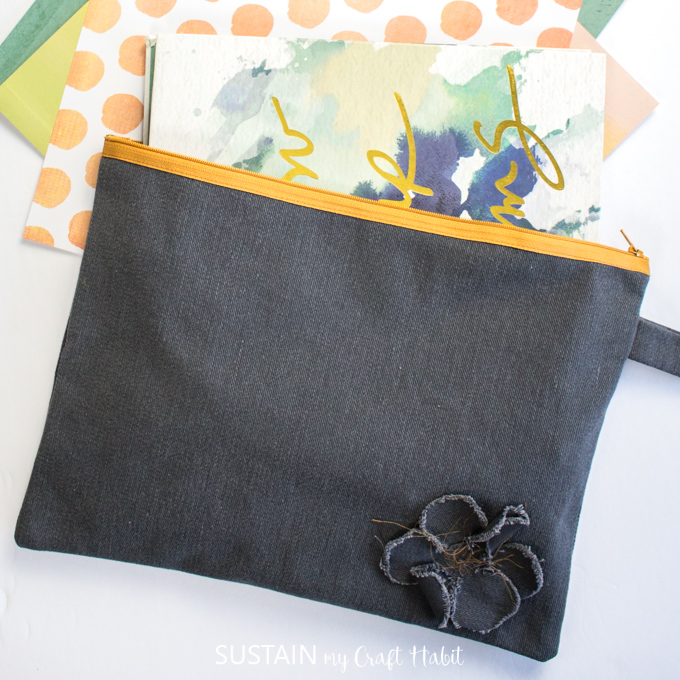 how to sew a pencil case with a zipper