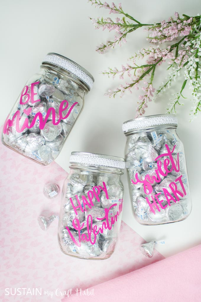 candy filled mason jar crafts.