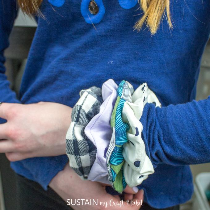 hot to make a scrunchie