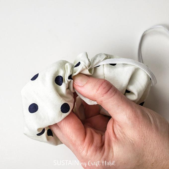guide elastic through sewn scrunchie