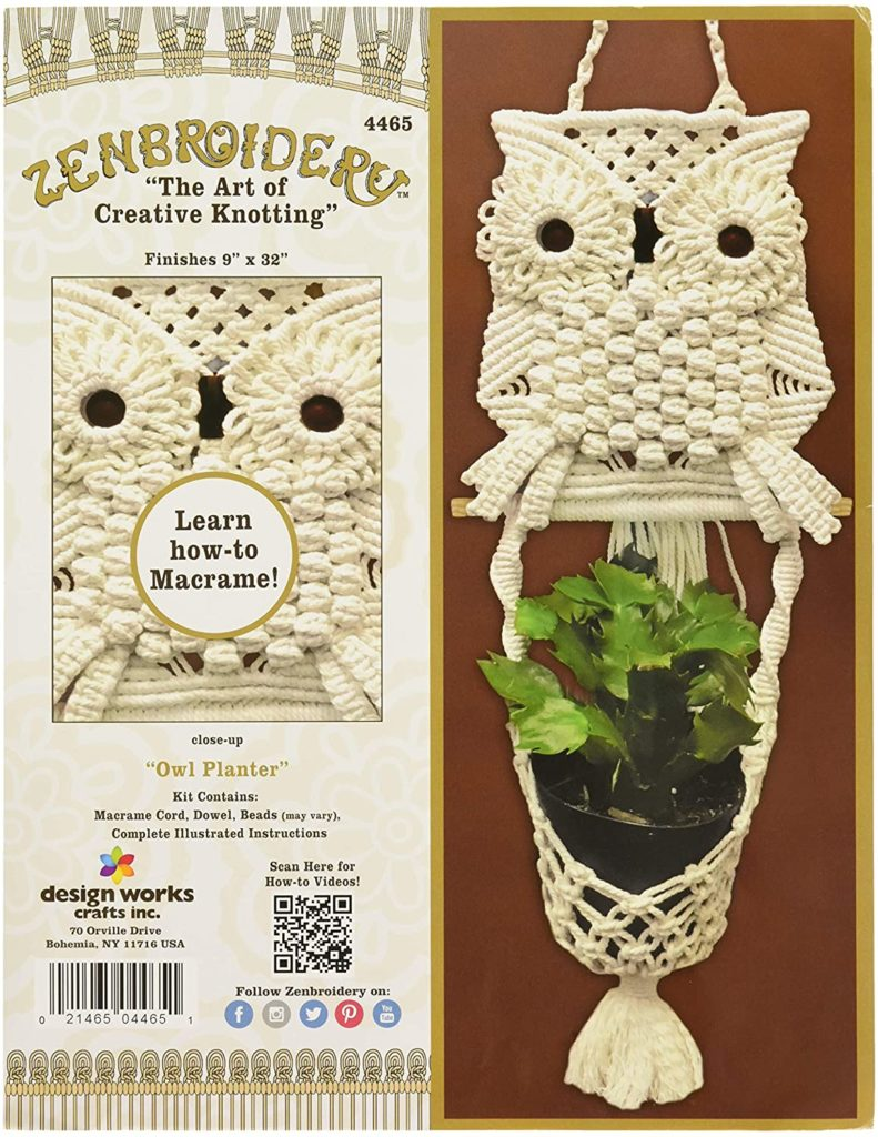 Image of the cover of the DIY macrame kit for making a plant hanger with an owl motif.