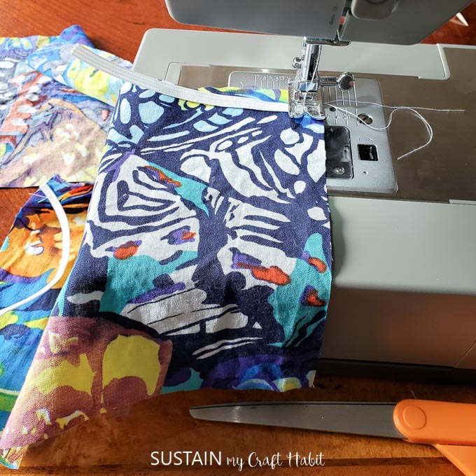 Sewing elastic band onto the fabric