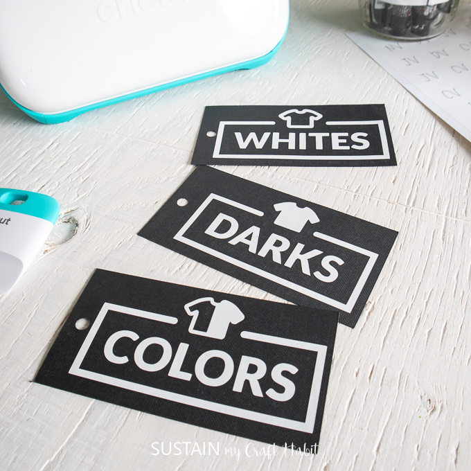 laundry labels made with Cricut Joy for identifying whites, colors and darks