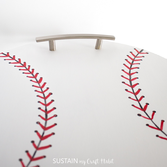 Top of the baseball serving tray with a handle.