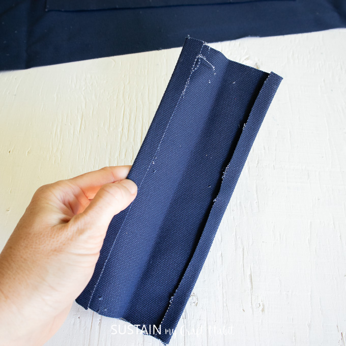 Pressing the canvas for the handle.