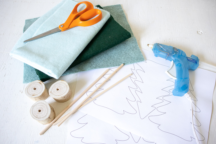 Materials needed to make a DIY felt 3D Christmas trees.