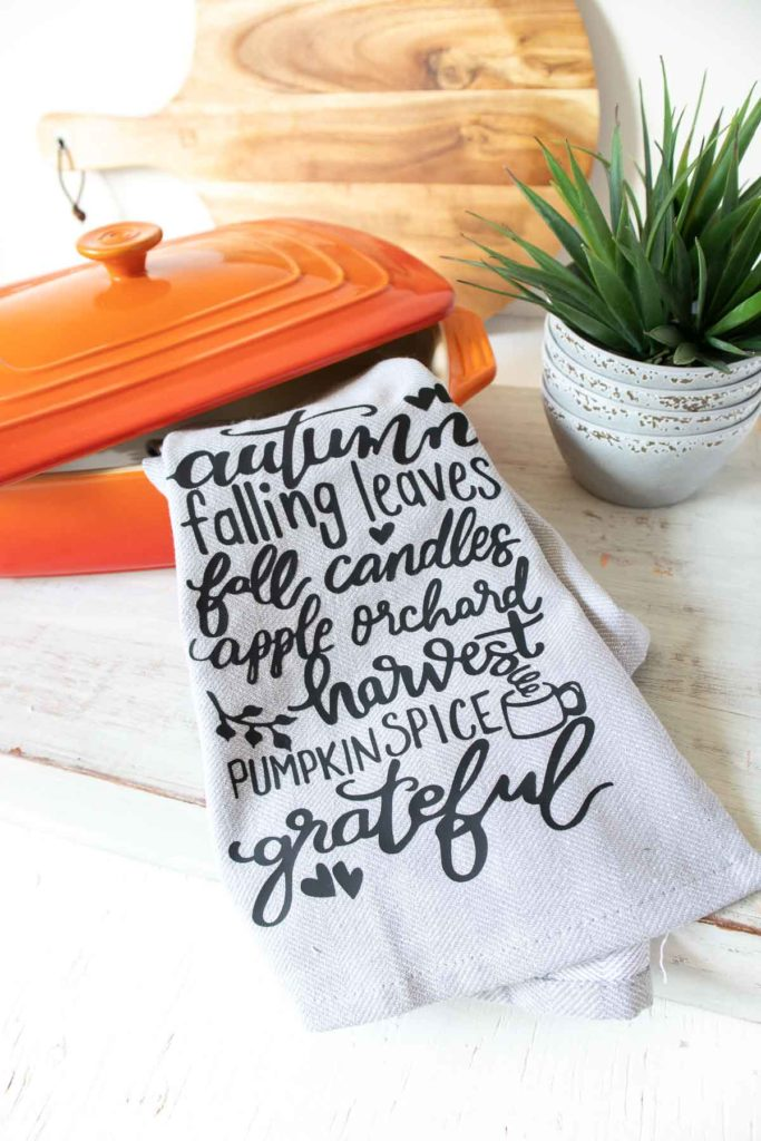Diy Fall Tea Towels With Iron On Vinyl Sustain My Craft Habit