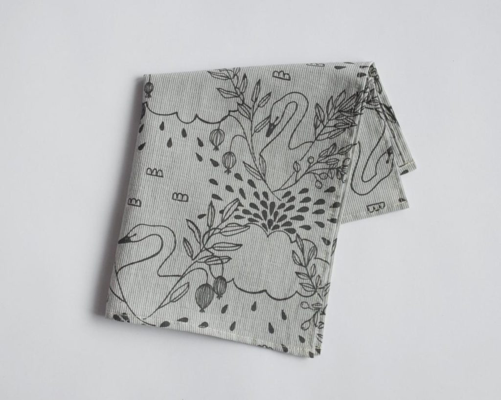 Cotton handkerchief with swan pictures.