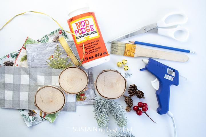 Materials need to make repurposed paper napkin wood slice ornaments
