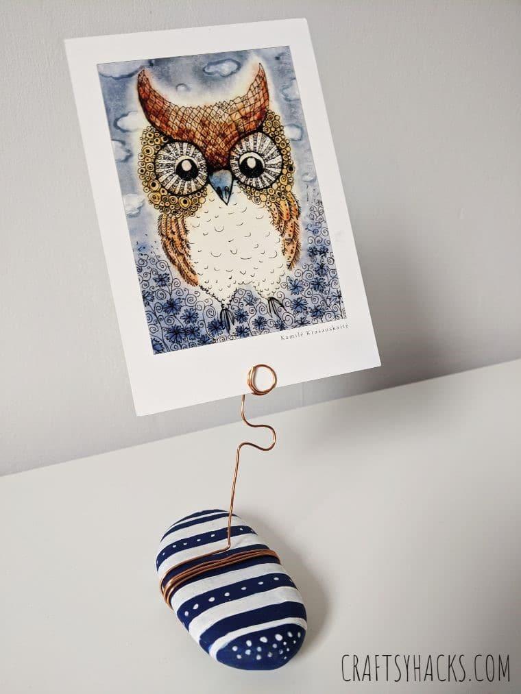 Cool crtafts photo holder.