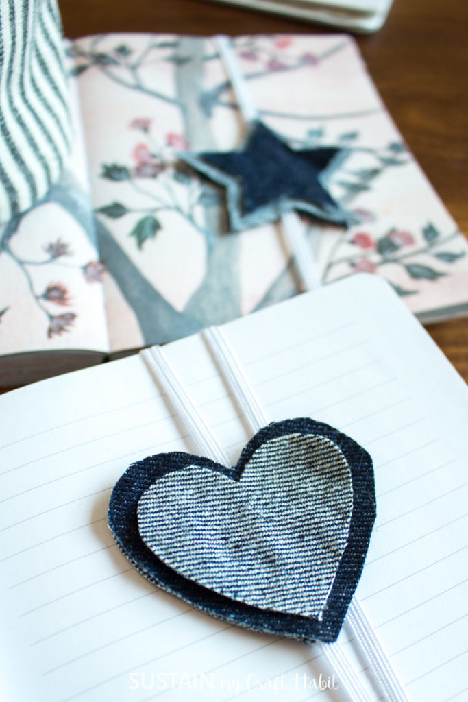 No sew elastic bookends in the shape of a heart and star.
