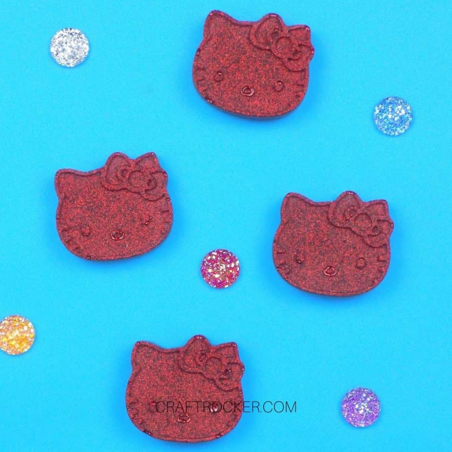 Resin crafts kitty magnets