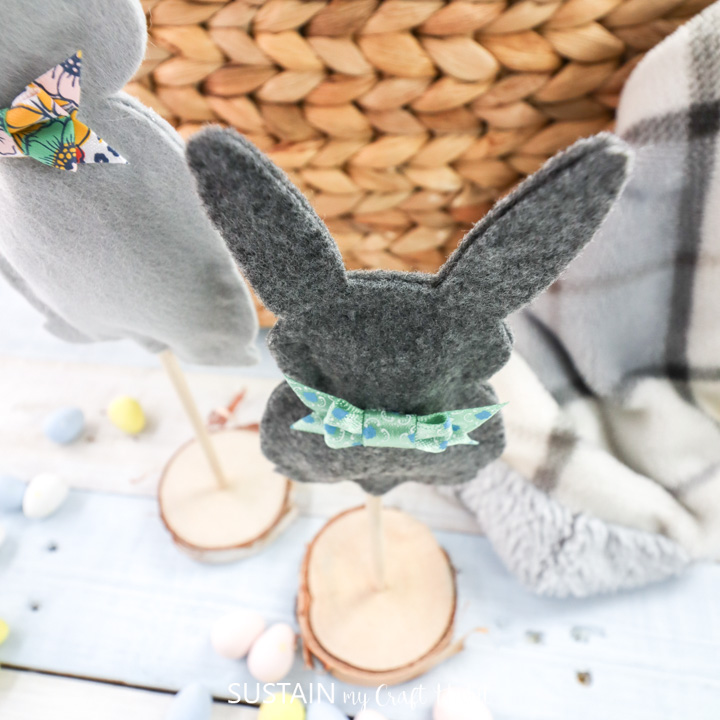 adorable DIY felt bunny decor