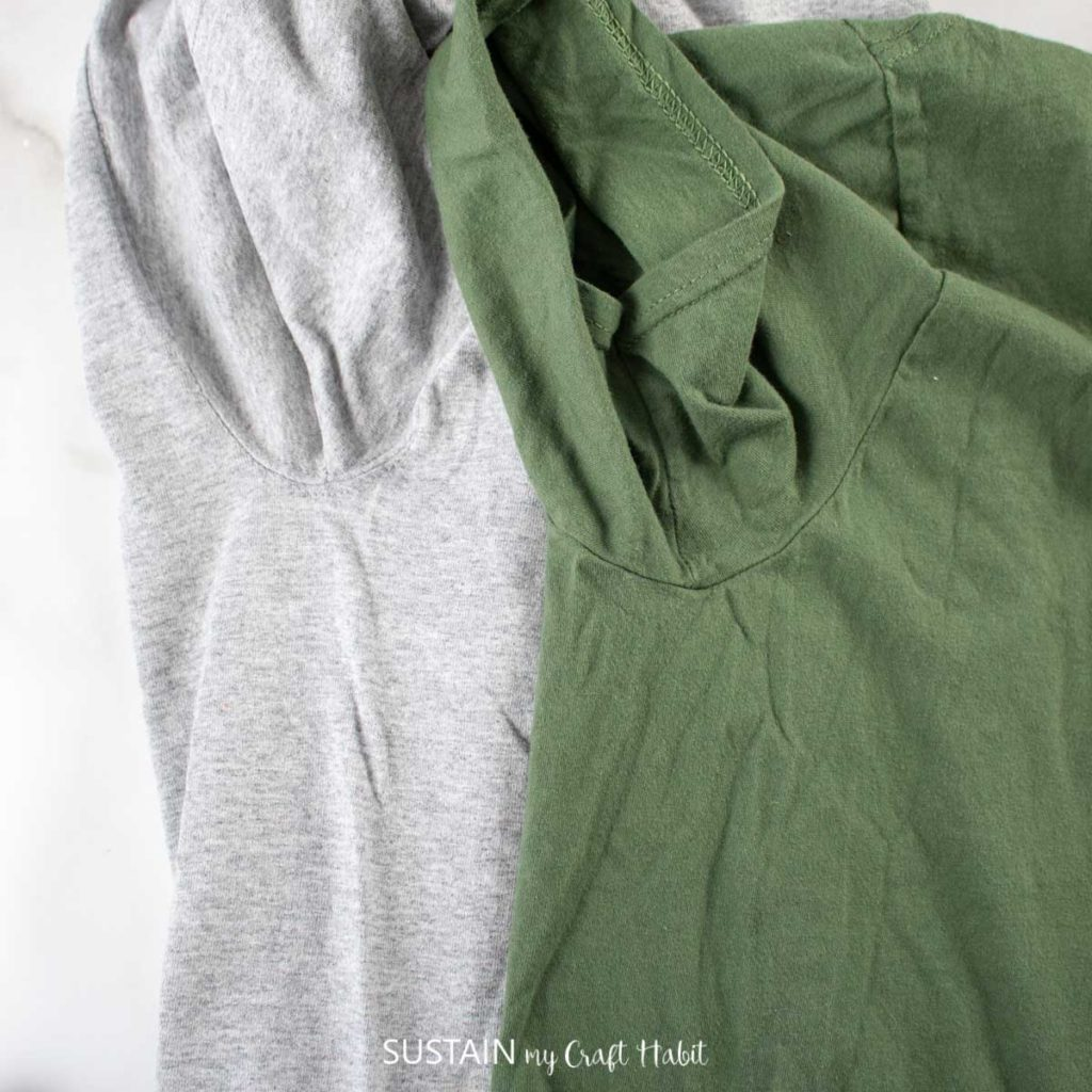 Blue and green tshirts with inseams.